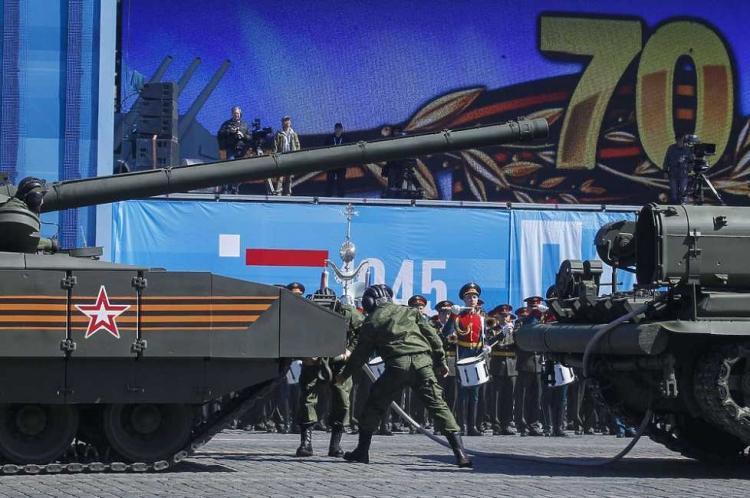 Т-14 Армата заглохла